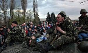 Pro-Russia supporters block Ukrainian army vehicles