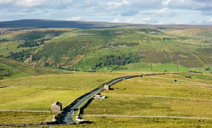 View over Buttertubs pass in The Yorkshire Dales