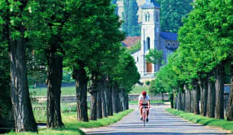 Well-marked cycle lanes meander through the wine villages of Burgundy.
