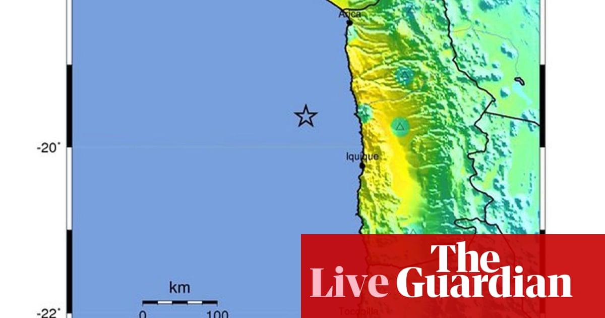 Chile earthquake: five dead as tsunami warning triggers