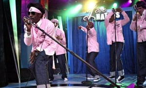 Rapper Andre 3000 in pink