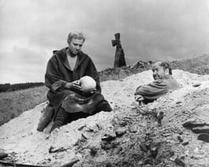 A scene from a film version of 'hamlet' directed by grigori kozintsev and starring innokenti smoktunovsky, the score was composed by dimitry shostakovich, hamlet with yorick's skull.