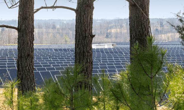Apple data center solar array in Maiden, North Carolina