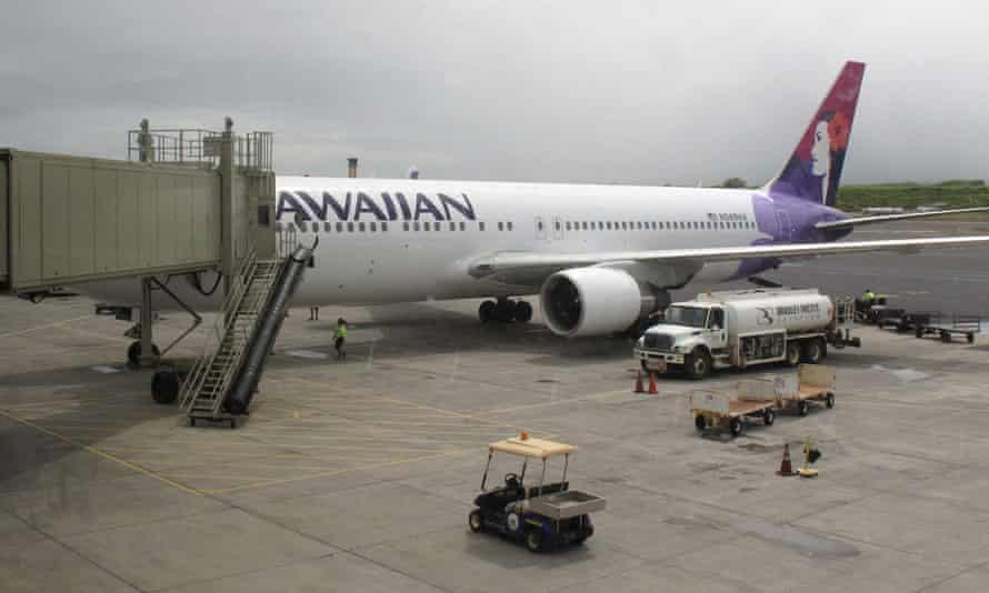 Hawaii flight teen stowaway