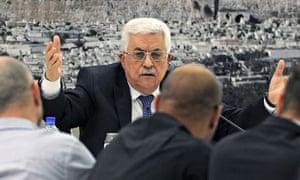 Mahmoud Abbas heads meeting in Ramallah
