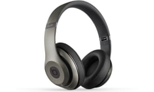 Beats Studio Wireless Review Expensive Headphones With Lacklustre Sound Technology The Guardian