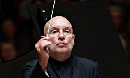 Conductor Dennis Russell Davies