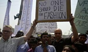 Bangladeshi activists and relatives of Rana Plaza victims mark first anniversary of disaster