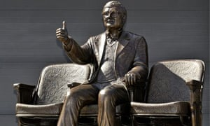 Roger Ebert statue