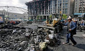 Workers are already removing barricades and cleaning up Independence Square in Kiev