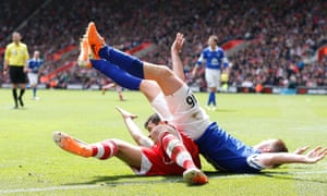 Everton's James McCarthy and Southampton's Dejan Lovren during their teams' Premier League encounter.