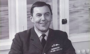 Peter Thorne, RAF test pilot, who has died aged 90