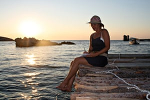 A woman on a writing holiday on Skyros.