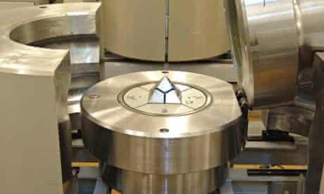 HPHT Diamond Press