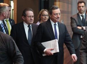 Mario Draghi, President of the European Central Bank (ECB), arrives for a press conference following the meeting of the Governing Council in Frankfurt am Main, western Germany, April 3, 2014.