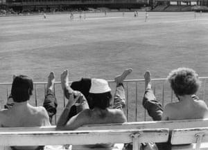 memory lane: Cricket fans