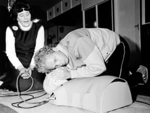 memory lane: David Gower Learning First Aid