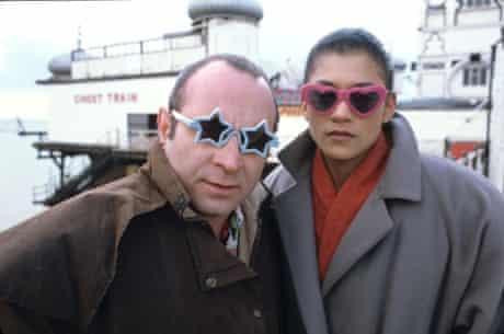 Bob Hoskins and Cathy Tyson filming on Brighton Pier the set of Neil Jordan's Mona Lisa in 1986.