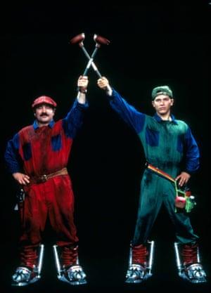 Bob Hoskins, John Leguizamo in Super Mario Bros, 1993.
