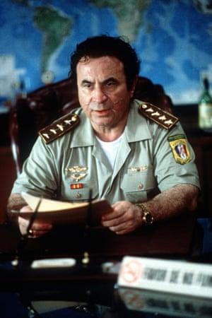Bob Hoskins portrays former Panamanian dictator Manuel Noriega in Noriega, God's Favorite, 2000
