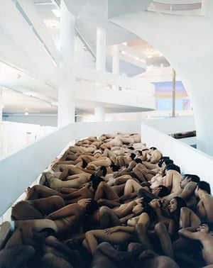 Spencer Tunick: Brazil 4 (XXV São Paulo Bienal) 2002