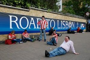 Tom's Chelsea pics: Atletico fans