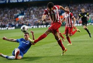 Tom's Chelsea pics: Gary Cahill blocks Diego Costa's shot