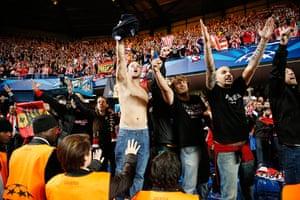 Tom's Chelsea pics: Atletico fans celebrate