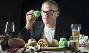Heston Blumenthal tries local food in Australia.