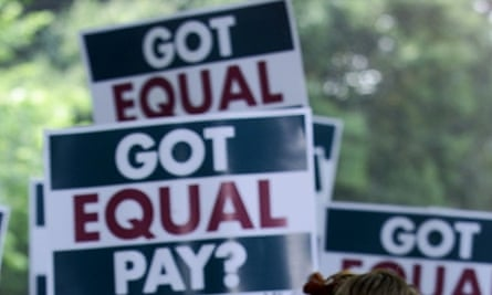 US Money equal pay