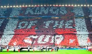 Bayern v United: Bayern banner