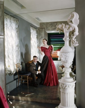James fits a gown for Austine Hearst, wife of the famous newspaper and magazine publisher Randolph Hearst Jr. in 1947.