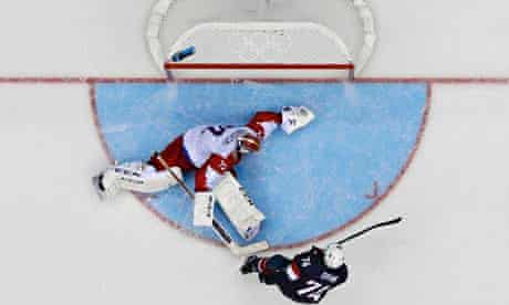 Team USA's Oshie misses on his shootout attempt