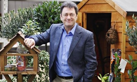 Titchmarsh back with Chelsea garden