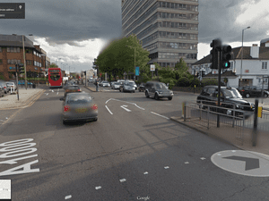 Google Street View: High Road, London N20