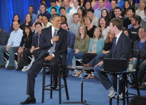 US President Barack Obama and Mark Zuckerberg (R) during a town hall meeting April 20, 2011 at Facebook headquarters in Palo Alto, California