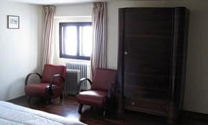 benito's bedroom