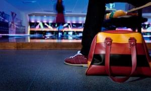 Elvis & Kresse bowling alley bag