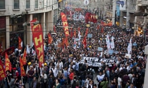 Thousands rally in Istanbul on Wednesday to protest at Turkey's record on mine safety