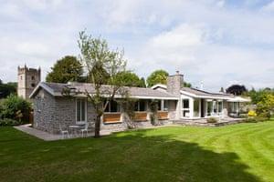 Cool Cottages : Pennines: Bridge End, Ashford-in-the-Water, Derbyshire