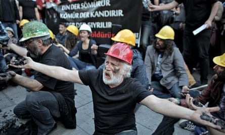 A demonstration in tribute to the victims of the Soma mine explosion