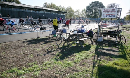 Cyclists training at Herne Hill Velodrome where he won two olympic bronze medals during the 1948 games on 15 October 2011.