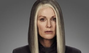 Julianne Moore Hunger Games