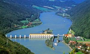Jochenstein Hydroelectric Power Station