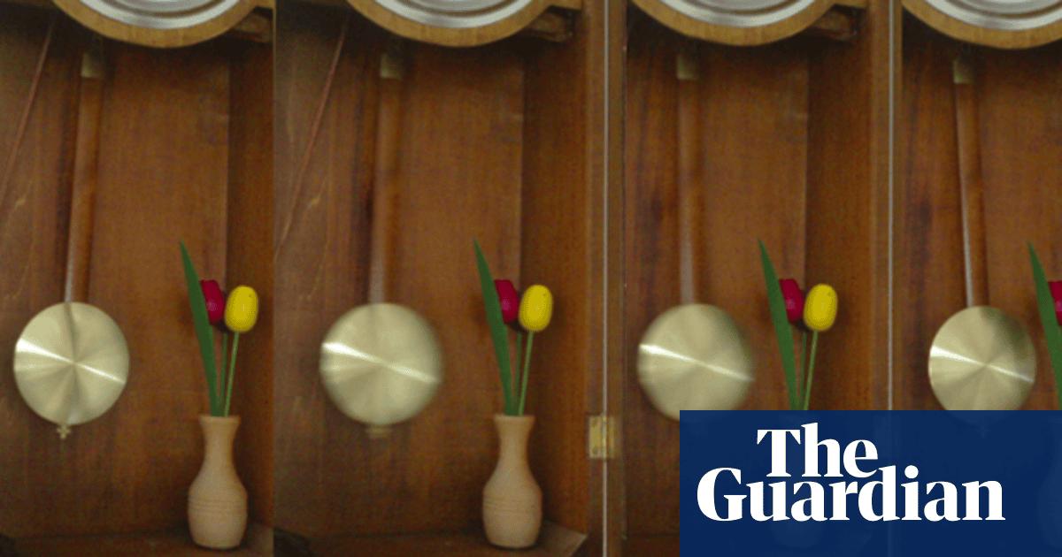 Simple harmonic motion: the swing of the pendulum | Jon Butterworth