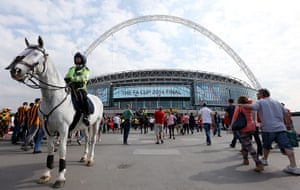 cup final: Fans make their way towards the ground