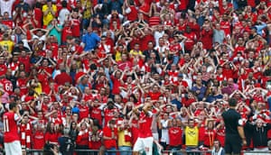 fa cup final : Arsenal fans react after Arsenal's Gibbs missed a chance to score