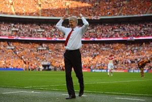 fa cup final : Arsene Wenger celebrates