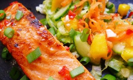 leftover apple recipe: Vietnamese style fish salad