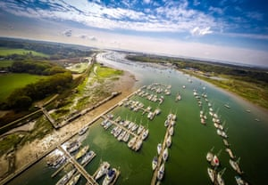 A banking turn over Universal Marina brings the route to the sea into view.  Hampshire On High: